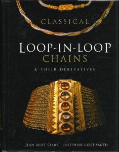 """本日のおすすめ古書 """"Classical Loop-in-Loop Chains""""ほか1点"""